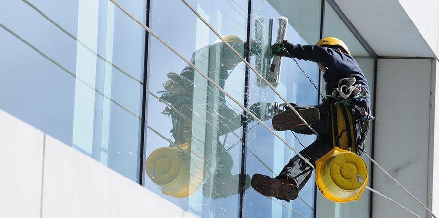 window-cleaning.jpg (900×447)